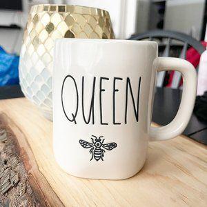 ✨ NWT Queen Bee Mug   Rae Dunn